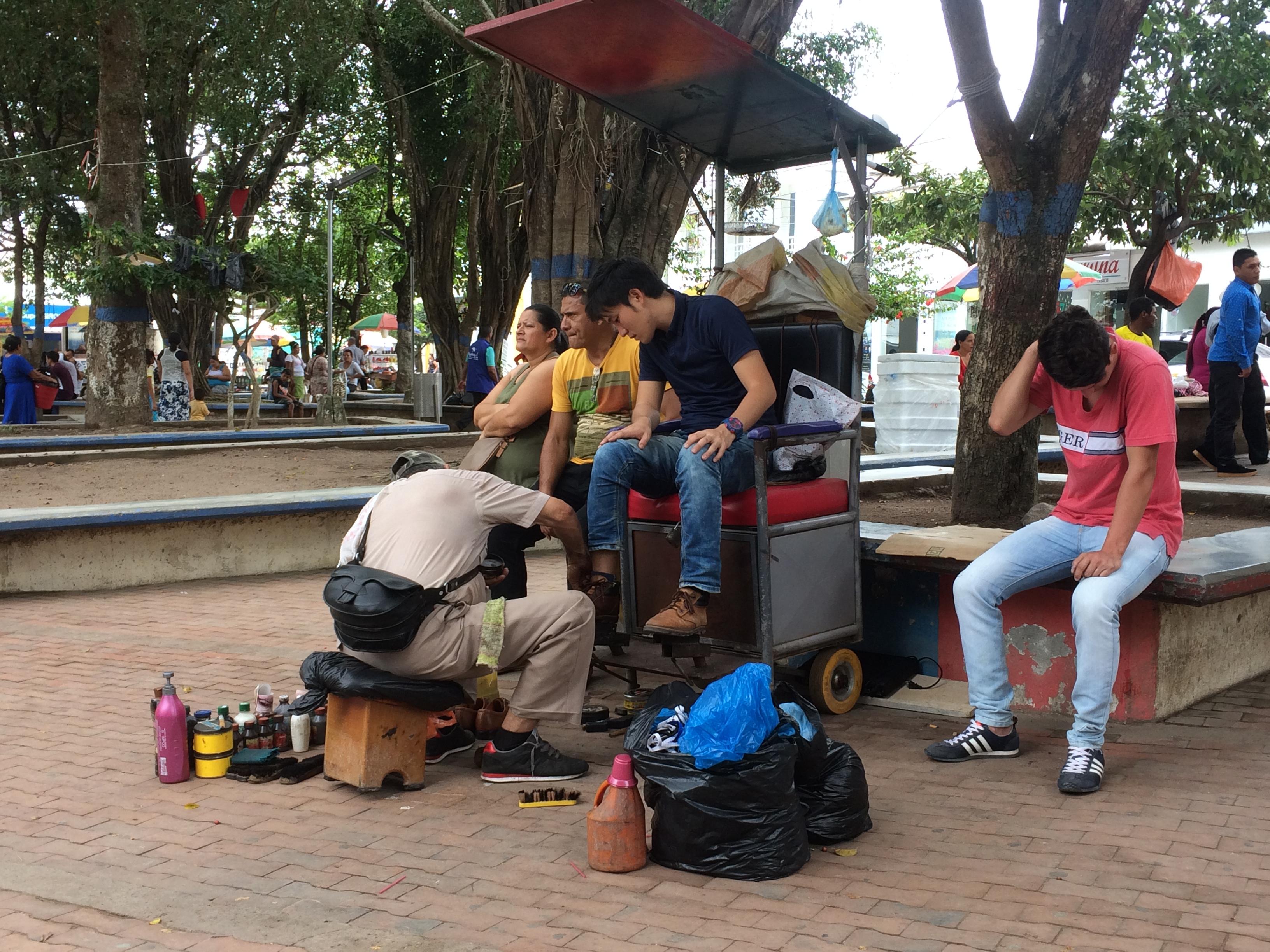 ペルーで出逢った真面目な物売りの子:決して料金以上のお金は受け取らなかった
