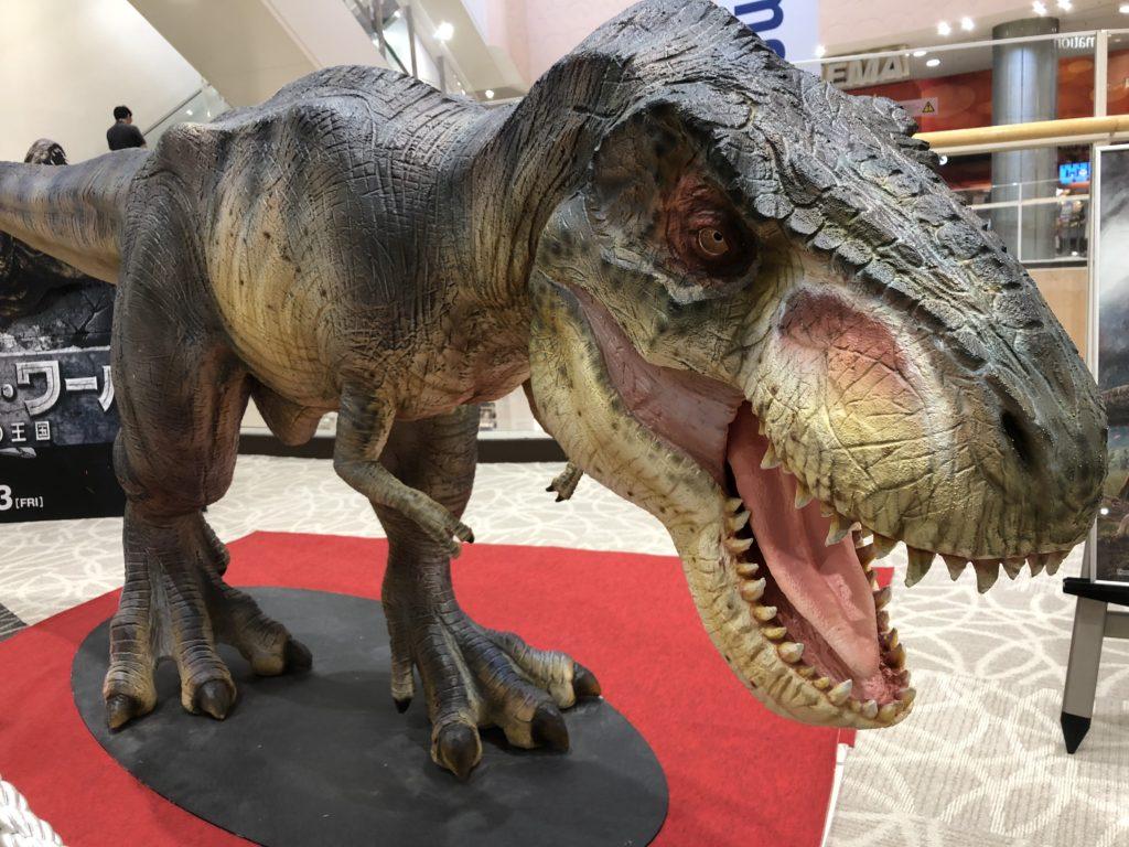 映画観たかったから、1人映画で2連続観てきた! ミライの恐竜?